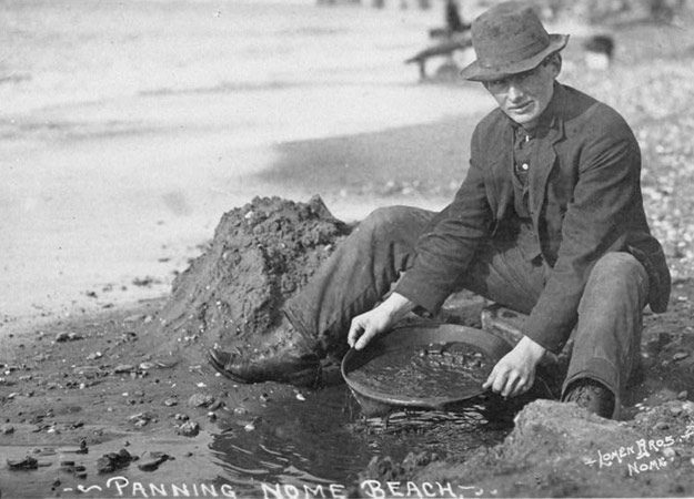 Gold Rush Prospector Old Pictures: Miner, 49er Panning Photos